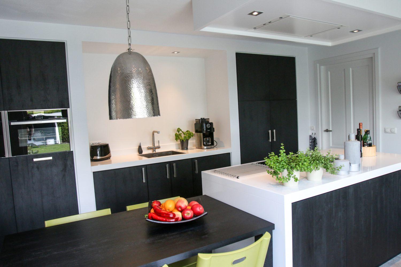 Vernieuwing en herindeling keuken