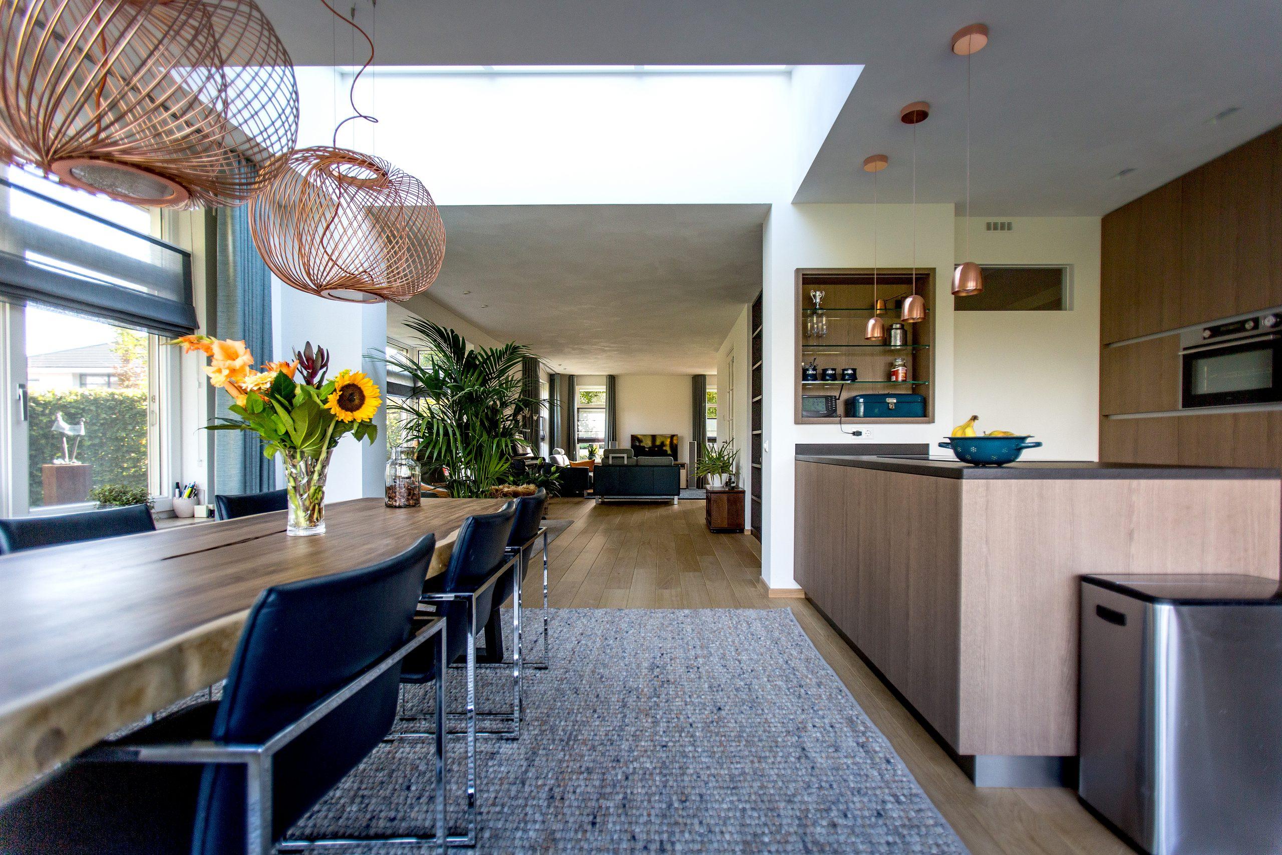 Aanbouw met mooi gebruik tussenruimte